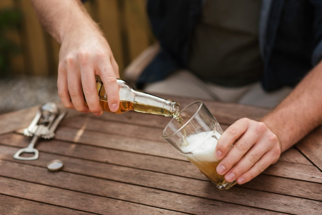 factors that impacts on alcohol